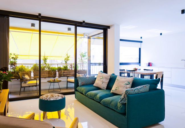 in Tel Aviv - Jaffa - Bright, Colorful Apt, 50m from Beach!