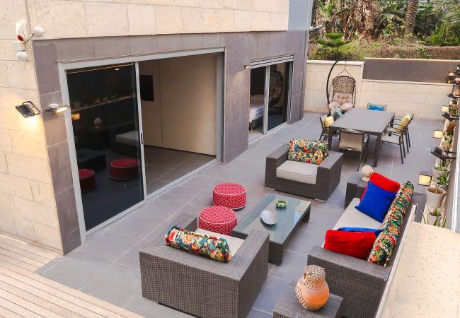 in Tel Aviv - Jaffa - Hipster Hotspot! Jacuzzi, patio, parking, BEACH!