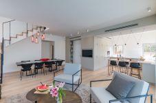 Апартаменты на Tel Aviv - Jaffa - Live like Royalty in TLV Duplex